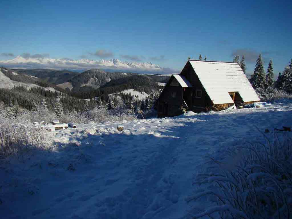 Útulňa poslúži aj turistom, ktorí vyjdú na hrebeň v zime. Aj keď sa tam práve nebude nachádzať obsluha.