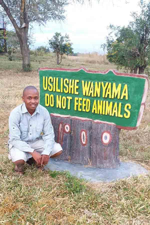 Joseph Tarimo, náš sprievodca národným parkom Mikumi.