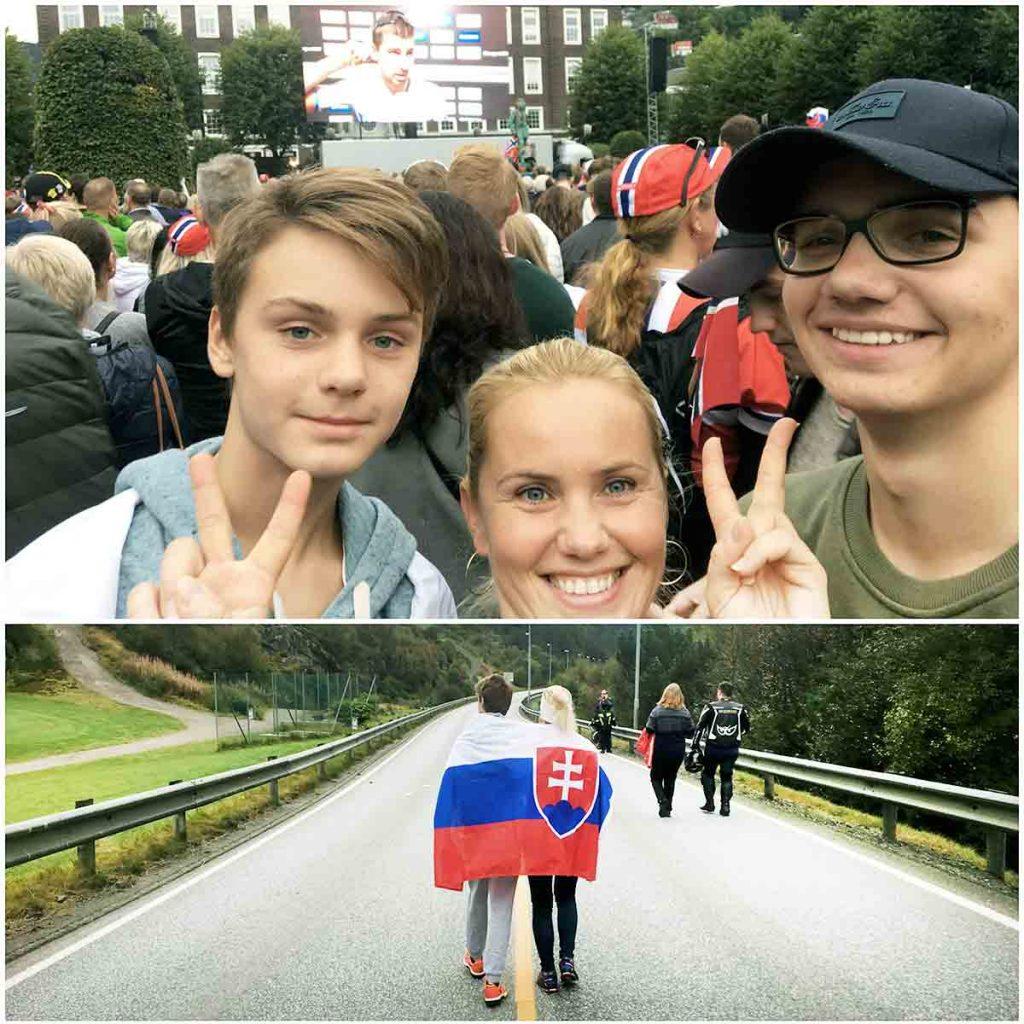 Tkáčovci žijú v Bergene, kde sa len nedávno konali majstrovstvá sveta v cyklistike. Aj so slovenskou zástavou boli povzbudiť Petra Sagana, ktorý sa nakoniec stal majstrom.